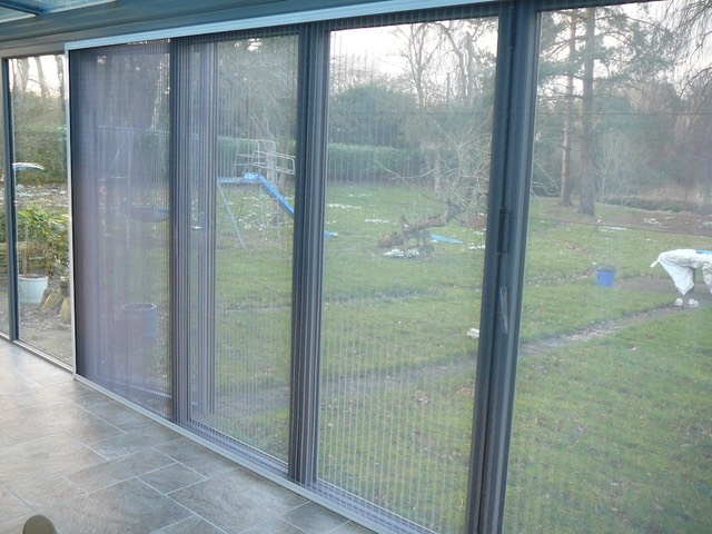 Flyscreen-Folding-Door-BiFold