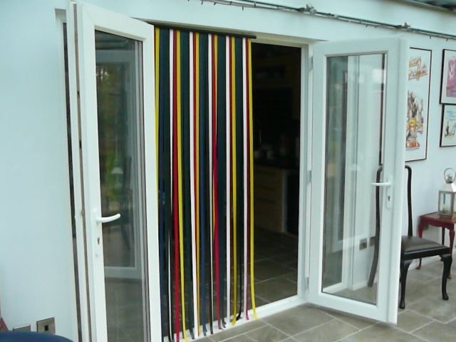 flyscreen-strip-door-2